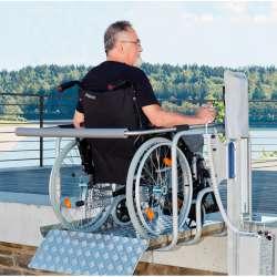 Podnośnik pionowy platforma dla wózków inwalidzkich do 180 kg LiveCare