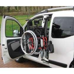 Wyciągarka do wózka w zestawie z elektrycznie przesuwanymi tylnymi drzwiami LEVICARE