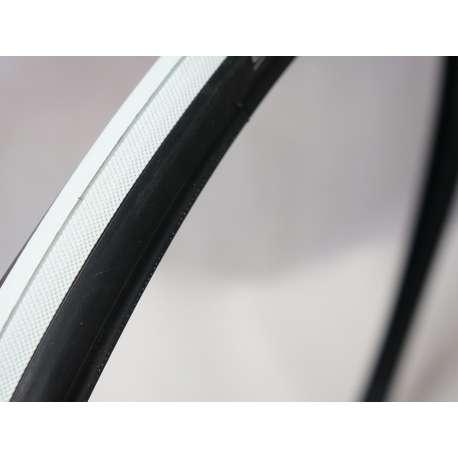 Sklep medyczny- Opona czarno-biała 28x1 Schwalbe, ETRTO 23-622, SPEEDAIR -RECOMEDIC - opona do wózków aktywnych- Tanio